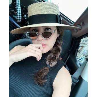 หมวก แฟชั่น ผู้หญิง ขายหมวกสวยๆเท่ๆหมวกแฟชั่น หมวกปีกกว้าง หมวกปานามา หมวกไปทะเล หมวกโบสเตอร์ หมวกสานปีก กว้าง Fashion Design Boater Hat Glod Brimmed Sun Hat Flat Summer Hats for Women UV Protection tea party hats