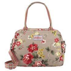 ซื้อ Cath Kidston Matt Oilcloth Busy Bag Winter Rose Oat ใหม่