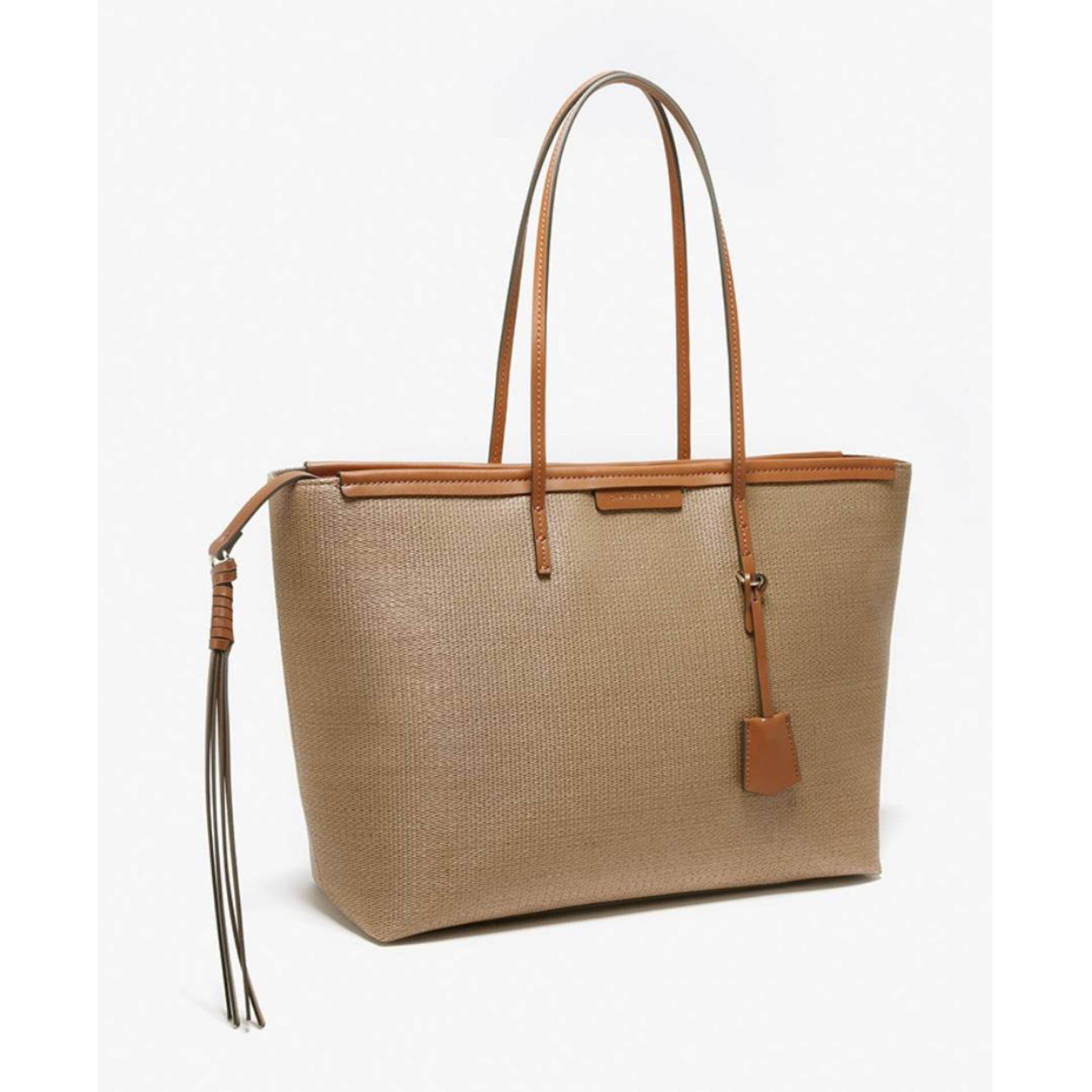 CHARLES&keith TEXURED BAG  กระเป๋า Tote Bag กระเป๋าผู้หญิง