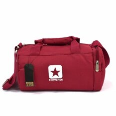 Converse กระเป๋าสะพายข้าง รุ่น Sporty Bag สีแดง ลิขสิทธิ์แท้converse  ใน กรุงเทพมหานคร