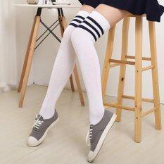 ราคา Cosplay ถุงเท้ายาวเหนือเข่า สีขาว มีขอบสีดำ ขาว ด้านบน ถุงเท้าลงแม็กกาซีนดัง จำนวน 1 คู่ เป็นต้นฉบับ