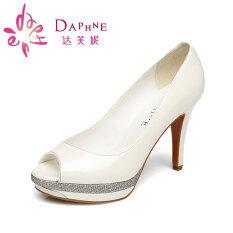 ขาย Daphne ส้นสูงกันน้ำโลหะตกแต่งหัวปลารองเท้ารองเท้า สีขาว 101 ฮ่องกง ถูก