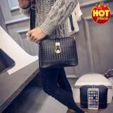 ราคา Fashion กระเป๋าสะพายข้าง กระเป๋าสะพายไหล่ กระเป๋าสำหรับผู้หญิง รุ่น No 02233 Black ใหม่ ถูก