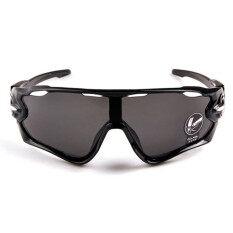 สไตล์แฟชั่นทั้งชาย และหญิงกีฬากลางแจ้งแว่นตากันแดดแว่นตาสีดำ+สีเทา By Fashion World.