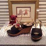 ซื้อ Hpb รองเท้าส้นเตารีด หนัง Pu สีดำ เส้นทอง ถูก ใน กรุงเทพมหานคร