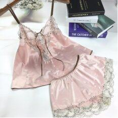 ราคา Indy Stylel ชุดนอนผ้าซาติน ชุดนอน ชุดนอนเซ็กซี่ผ้าซาติน ชุดนอนไม่ได้นอน ชุดนอนซีทรู ชุดคลุมนอน สีชมพู Pink Pajamas Indy Style เป็นต้นฉบับ