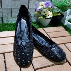 ซื้อ Korea Keng รองเท้าสตรี ส้นแบน สีดำ รุ่น 30 1004 ถูก ใน กรุงเทพมหานคร