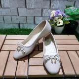 ซื้อ Korea Keng รองเท้าสตรี ส้นแบน สี Cream รุ่น 30 1007 ใน กรุงเทพมหานคร