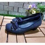 โปรโมชั่น Kornjji รองเท้าคัชชูแบบสวม มีส้น สีกรม รุ่น 30 1006 ถูก