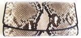 ราคา Mcroc กระเป๋าสตางค์ถือ หนังงูแท้ สีธรรมชาติ ออนไลน์