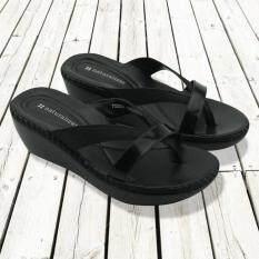 ความคิดเห็น Naturalizer Border Stitch รองเท้าแตะถักขอบ สีดำ