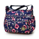 กระเป๋าสะพายผ้าออกซ์ฟอร์ดสำหรับผู้หญิงมีหลายสี สีฟ้าดอกไม้ขนาดใหญ่ สีฟ้าดอกไม้ขนาดใหญ่ ถูก
