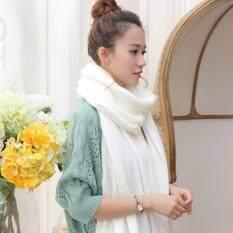 ขาย ผ้าพันคอ Pacuzzo สีขาว ผ้าพันคอไหมพรม Unbranded Generic ใน กรุงเทพมหานคร