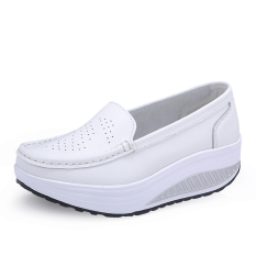 ราคา รองเท้าผู้หญิงแฟชั่นระบายอากาศได้ดี ส้นตึก สีขาว สีขาว ใหม่ล่าสุด