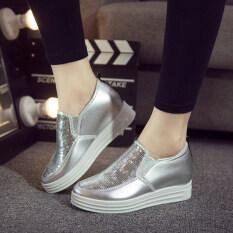 ราคา รองเท้าไม่มีส้นรองเท้าเก่าปักกิ่งเหยียบหนักต่ำสุดรองเท้าระบายอากาศรองเท้าผ้า สีเงินรองเท้าขนาดเล็กเกินไป ราคาถูกที่สุด