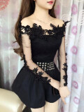 ซื้อ เสื้อผู้หญิงเกาะอก ทรงสลิม ปักดอกไม้สามมิติ คอลูกไม้ แขนยาว สีดำ สีดำ ถูก ฮ่องกง