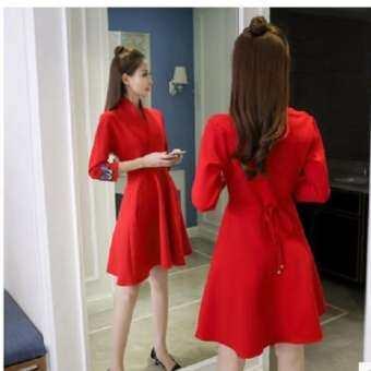 ชุดเดรสสั้นผ้าโพลีเอสเอตร์ยืดสีแดง แขนสามส่วน คอวี กระโปรงทรงเอ