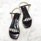 ซื้อ รองเท้าสไตล์มินิมอล ดีไซน์ประดับเพชรเม็ดใหญ่ พร้อมสายหลัง สีดำ Shoes By Naris ออนไลน์