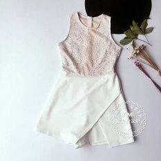 ราคา เอเชียตะวันออกเฉียงใต้ใหม่อสมมาตรลูกไม้เสื้อกั๊ก สีขาว เป็นต้นฉบับ
