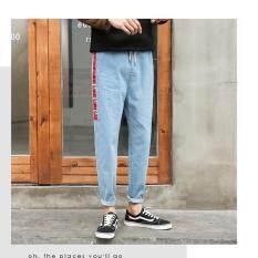ขาย Save กางเกงยีนส์แฟชั่น กางเกงยีนส์ขายาวผู้ชาย เอวยางยืด แต่งแถบด้านข้าง สียีนส์ รุ่น 912 Save ใน กรุงเทพมหานคร
