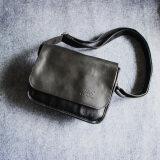 ขาย กระเป๋าญี่ปุ่นและเกาหลีใต้ผู้ชายกระเป๋าขนาดเล็กแบบแผน สีดำ ออนไลน์ ใน ฮ่องกง