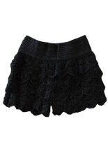 กางเกงขาสั้นเอวยืดลูกไม้ชั้นถัก สีดำ ใน ฮ่องกง