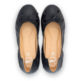 ราคา Poppy Black รองเท้าคัทชู รองเท้าผู้หญิง รองเท้าแฟชั่น Zaab รุ่น Poppy ป็อบปี้ Black รองเท้า ผู้หญิง ส้นเตี้ย ส้นแบน เท้าเล็ก เท้าใหญ่ นิ่ม หัวมน ทำงาน เรียนหนังสือ 34 42 สำหรับคน หน้าเท้ากว้าง พื้นยาง ไม่ลื่น ไม่กัด ทนทาน สินค้าพร้อมส่ง สีดำ Zaab ใหม่