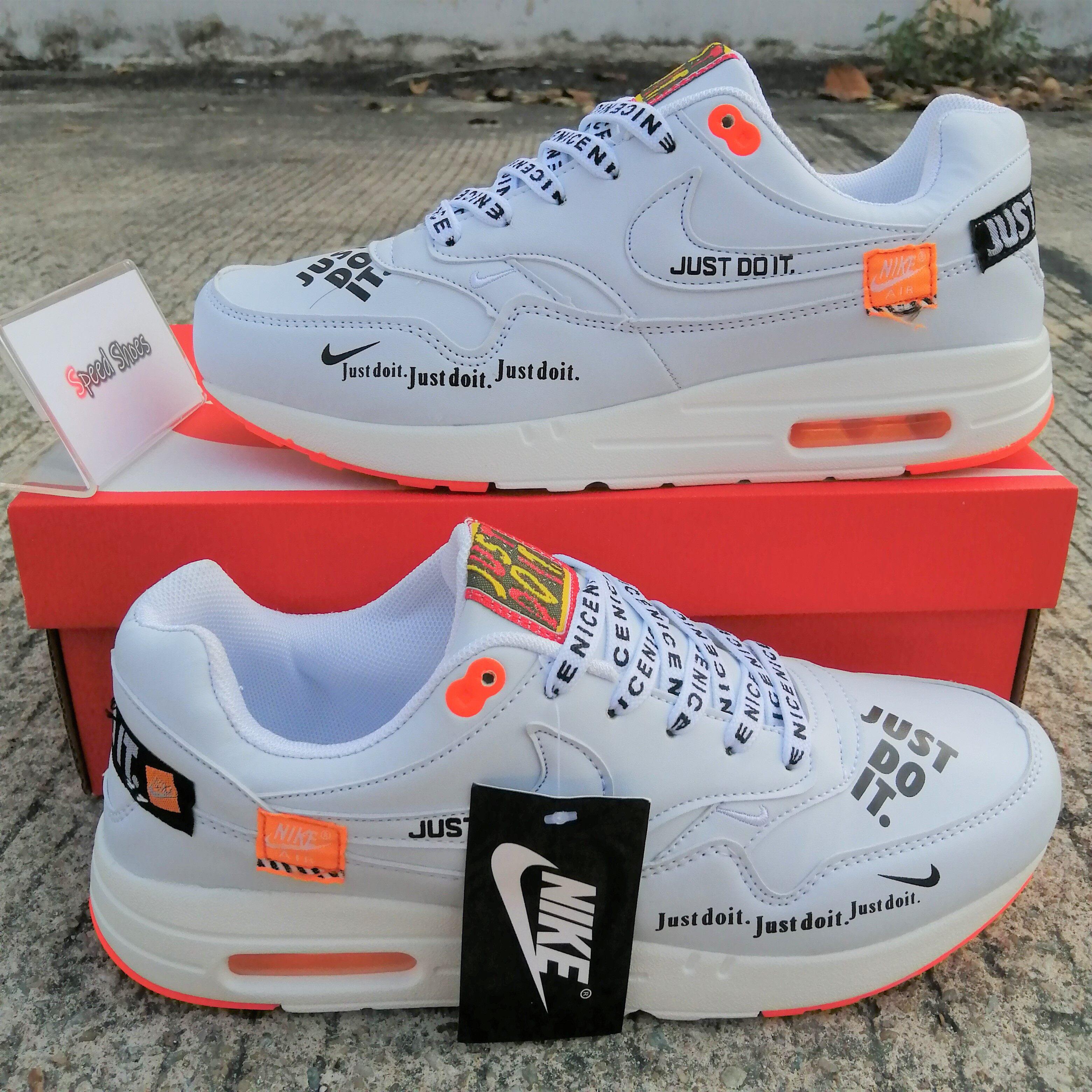 Nike Air Force 1  Just Do It  (ขาว) รองเท้าผ้าใบแฟชัน ใส่ได้ทุกที่ ลุยได้ทุกสถานการณ์ ราคาพิเศษลดสุด! พร้อมของแถมอุปกรณ์ครบในกล่องฟรี!!.