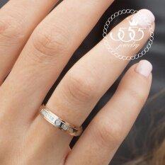 555Jewelry เครื่องประดับสแตนเลส แหวนคู่รัก สไตล์แหวนเรียบ ดีไซน์สวย ประดับเพชรCz สลักคำ Forever Love รุ่น Azr R002 สีโรสโกลด์ R33 แหวนผู้หญิง แหวนคู่ แหวนคู่รัก เครื่องประดับ แหวนผู้ชาย แหวนแฟชั่น สมุทรปราการ