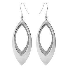 555jewelry ต่างหูแบบห้อยรูปใบไม้ฉลุด้านใน รุ่น MNC-ER044-A - Steel ต่างหู ต่างหูแฟชั่น ต่างหูหนีบ ต่างหูทอง ต่างหูเงิน ต่างหูผู้หญิง