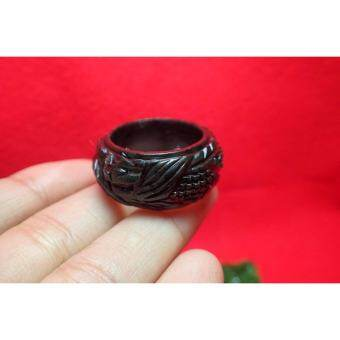 AA-0324 แหวนหยกดำแกะสลักรูปมังกร