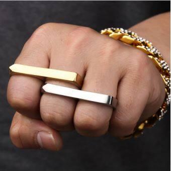ฮิปฮอปแนวพังก์ผู้ชายสองนิ้วแหวนคู่เหล็กไทเทเนียมแหวน HIPHOP ร้านกลางคืนบาร์แข่งขันเครื่องประดับน้ำแหวนแหวน