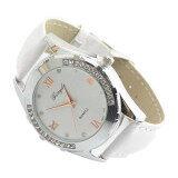 ราคา Elegant Women G*Rl Watch Rhinestone Quartz Ol Ladies Wrist Watch White ราคาถูกที่สุด