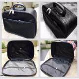 ขาย ซื้อ Popula Bag กระเป๋าเดินทาง Pvc ชาแนลสีดำ ขนาด 10 5 นิ้ว Popula Bag A0022 ใน กรุงเทพมหานคร