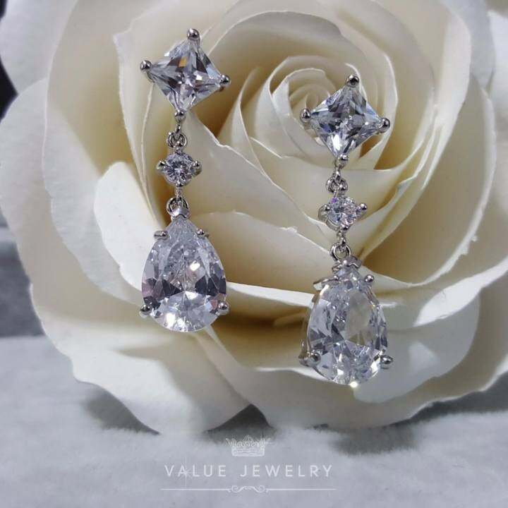 Value jewelry cz er1015 white for Is gold plated jewelry worth anything
