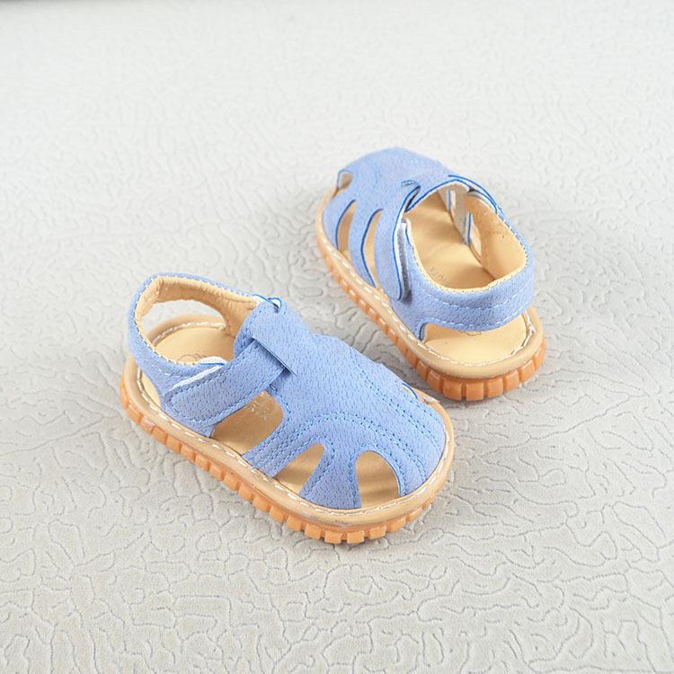 รองเท้าเด็กหัดเดินกันลื่นระบายอากาศ รองเท้ารัดส้นเด็กใหม่เปิดสำหรับเด็กหญิงและเด็กชาย.