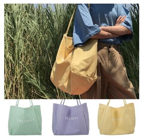ถุงผ้า กระเป๋าผ้า เพ้นท์ข้อความ Delight สีพาสเทล รุ่นไม่มีซิป มีช่องด้านใน น่ารักเวอร์ ผ้าแคนวาสอย่างหนา.