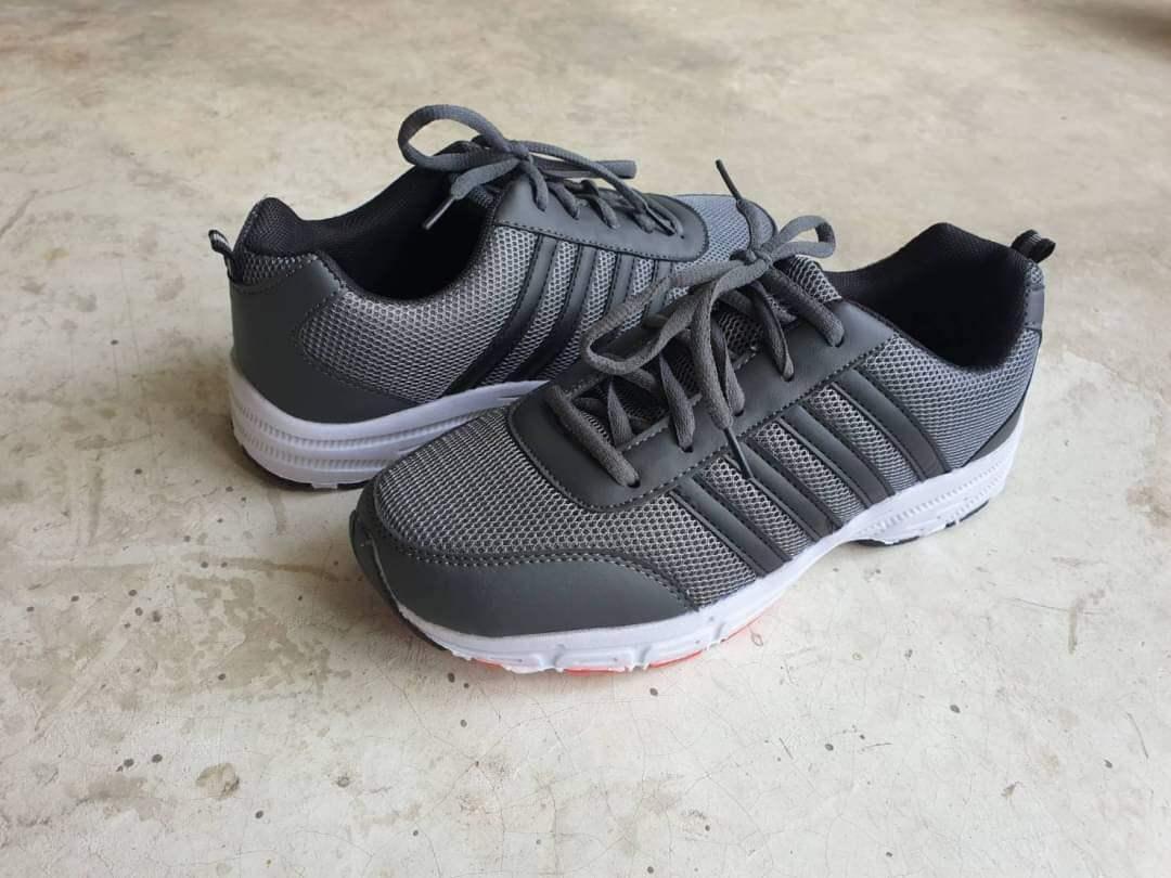 *งานสั่ง รองเท้าผ้าใบหัวเหล็ก สไตล์สปอร์ต เท่ๆ น้ำหนักเบา ใส่สบาย นุ่มเท้า ราคา 450 บาท สั่งตามไซส์ปกตินะคะ