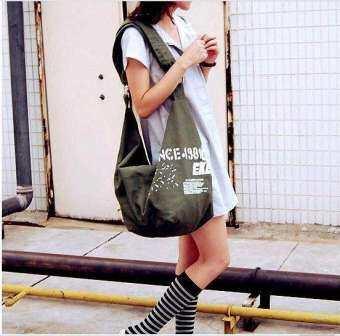กระเป๋าผ้าแคนวาส สะพายข้างแมนๆ มี4สี #3050-