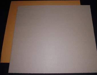 กระดาษลูกฟูก แผ่นกระดาษลูกฟูก ยาว 60 ซม.X กว้าง 50 ซม. ( 20 แผ่น )