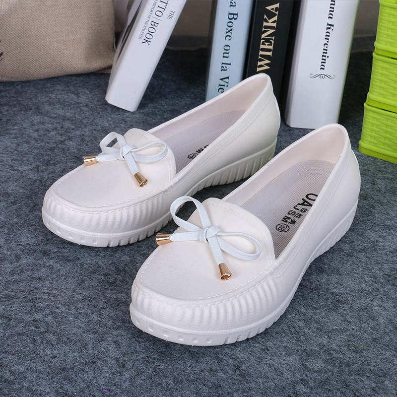 รองเท้า รองเท้าคัทชู รองเท้าแฟชั่นผู้หญิง นิ่มสุดๆด้วยผ้ายืดสุดล้ำ มี 3 สี.