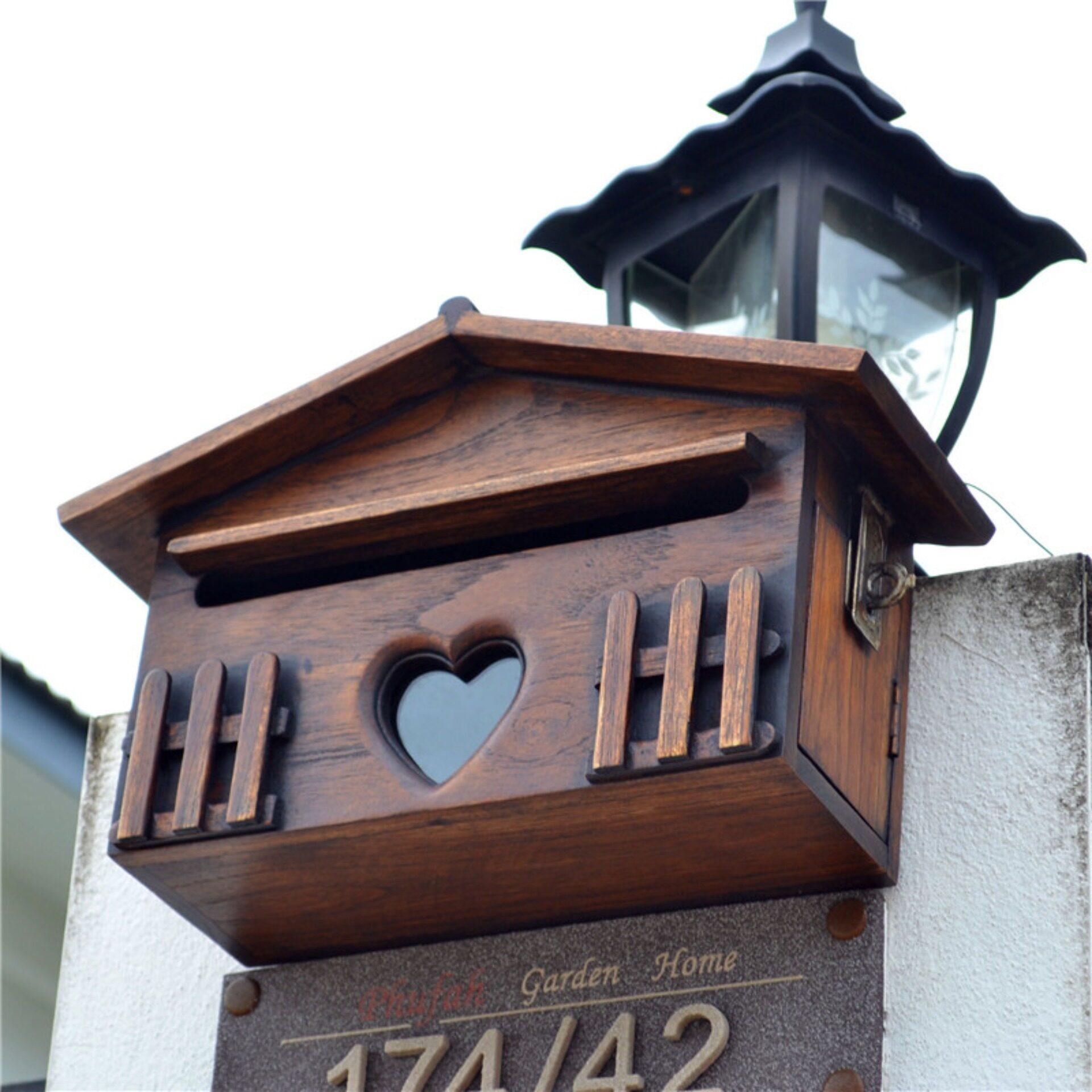 ตู้จดหมาย ตู้จดหมายไม้สัก ตู้จดหมายขนาด S ขนาด กว้าง 32 เซนติเมตร, ลึก 12 เซนติเมตร, สูง 18 เซนติเมตร (post Box).