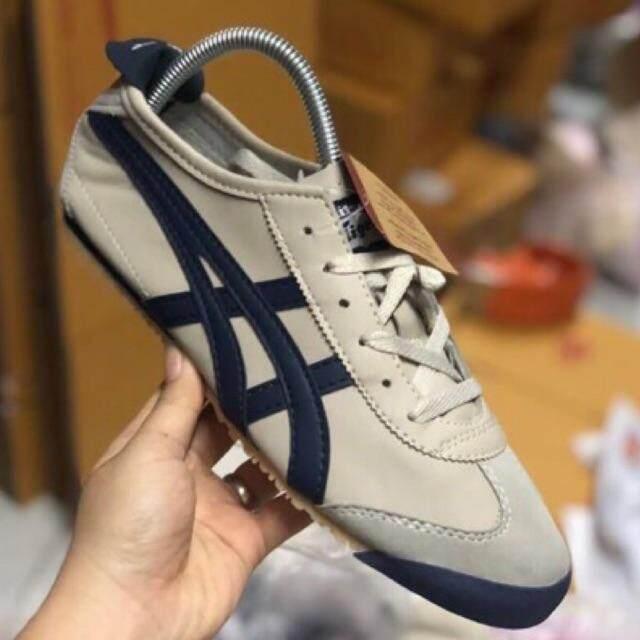 รองเท้าแฟชั่น สีครีมคาดกรม (ในลิงค์มีหลายรูปนะค่ะ)