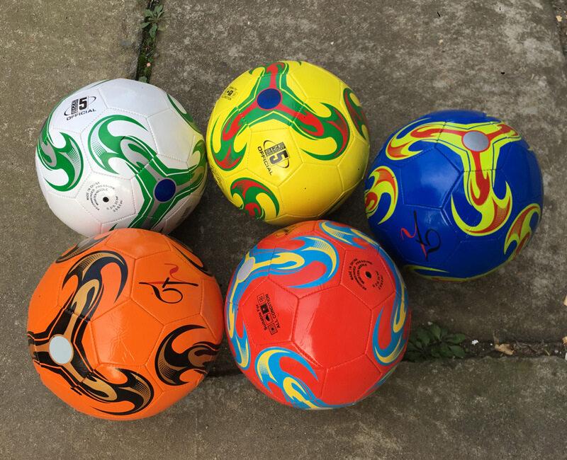 ลูกฟุตบอล ลูกบอล มาตรฐานเบอร์ 5 Soccer Ball มาตรฐาน หนัง Pu นิ่ม มันวาว ทำความสะอาดง่าย ฟุตบอล Soccer Ball บอลหนังเย็บ ลูกบอล.