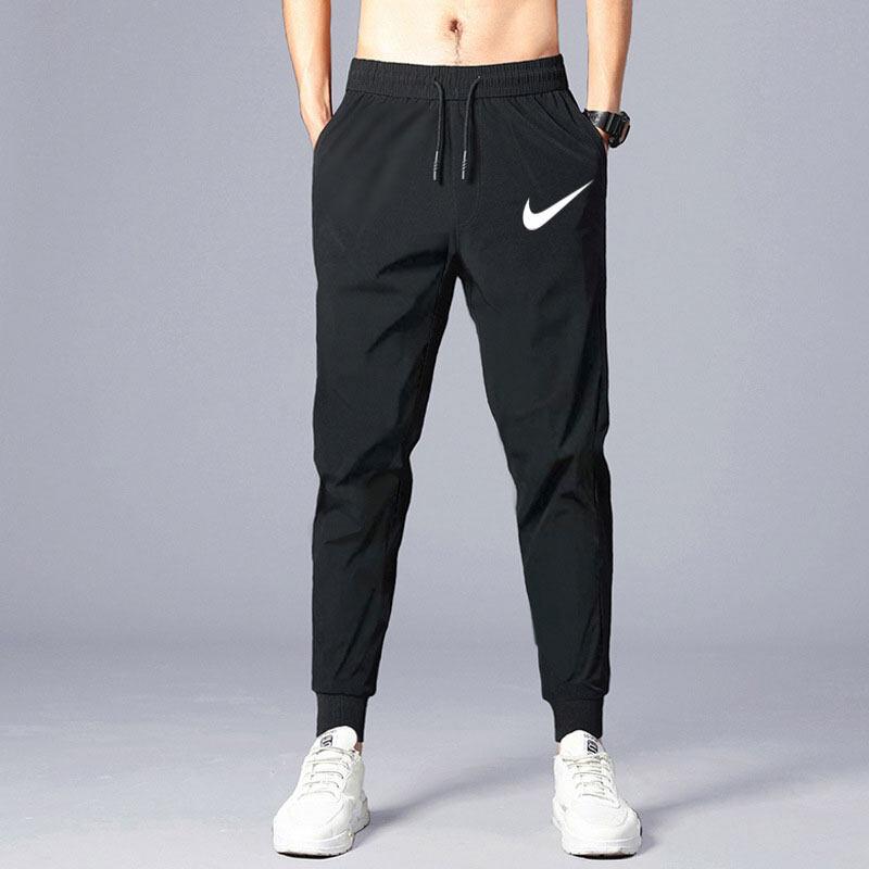 ใหม่!! กางเกงขายาว เอวยางยืด กางเกงจ๊อกกิ้งและกางเกงกีฬา ทรงขาจั๊ม สีดำ Lk012.