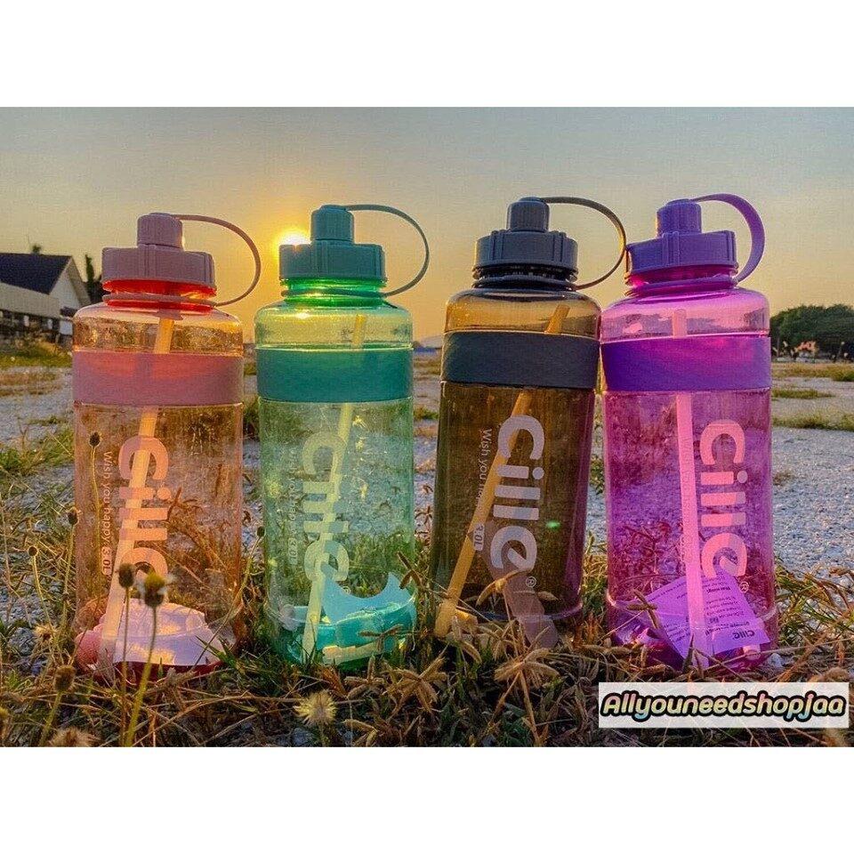 [พร้อมส่ง] 3 L ขวดน้ำดื่มพลาสติกขนาดใหญ่ กระบอกน้ำพกพา ขวดน้ำดื่มพกพาสำหรับเล่นกีฬา Large Capacity Straw Sports Bottle.