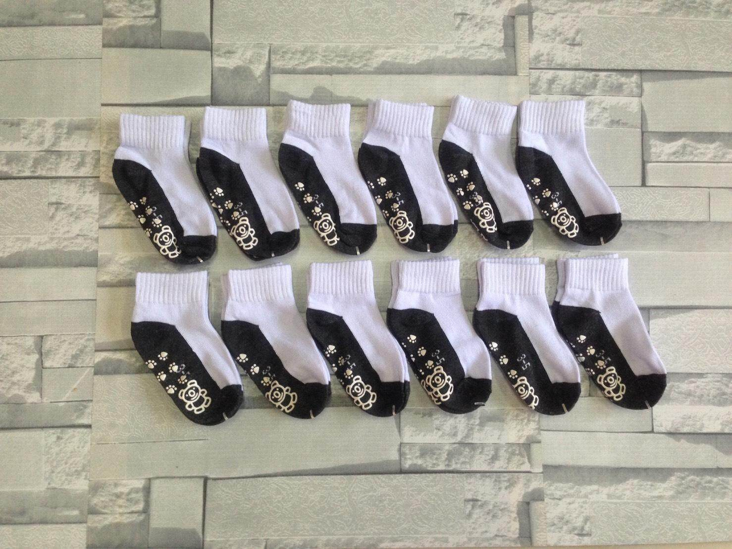 ถุงเท้านักเรียน มีกันลื่น ไซด์ 3-5 ปี (จำนวน 12 คู่)