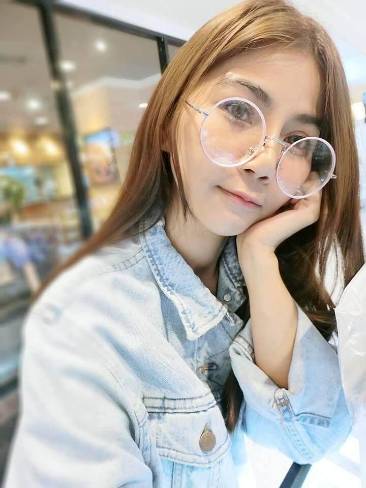 แว่นสายตาสำหรับสายตาสั้น (-50 ถึง 400) แฟชั่นสไตล์เกาหลี ทรงกลมสีชมพู (กรอบพร้อมเลนส์สายตา) ส่งฟรีแถมซองหนังใส่แว่นและผ้าเช็ดเลนส์.