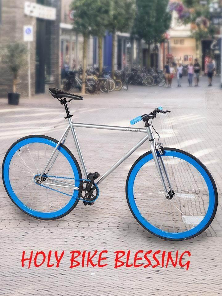 จักรยาน Fix Gear 700c Blue-Silver แถมฟรี !! สายล๊อค ที่ใส่ขวดน้ำ ปั้มลมพกพา กระดิ่ง By Holy Bike Blessing.