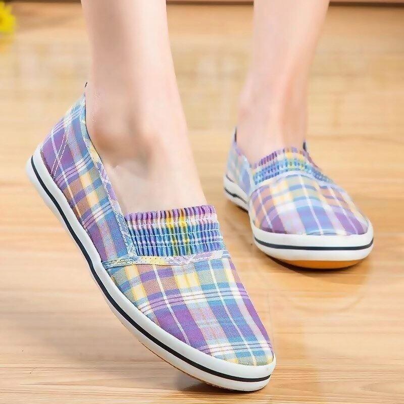New!!!รองเท้า รองเท้าทรงสลิปออน รองเท้าลำลอง รองเท้าหุ้มส้น รองเท้าแฟชั่นผู้หญิง รองเท้าบั๊ดดี้ ลายน่ารัก (พร้อมส่ง).